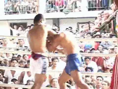Myanmar Lethwei vs Muay Thai - Ye Ta Gon ( Myanmar ) vs Phat Ni Khun