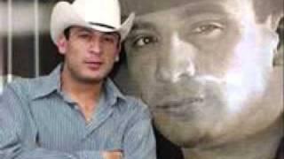 Download Lagu Valentin Elizalde Sobre La Tumba De Mi Padre Mp3