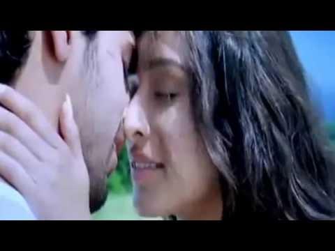 Video kissing scene of shraddha kapoor in Ek Villain download in MP3, 3GP, MP4, WEBM, AVI, FLV January 2017