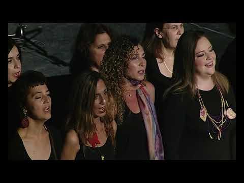 Χορωδία του Καλλιτεχνικού Συλλόγου Δημοτικής Μουσικής Δόμνα Σαμίου - Της τριανταφυλλιάς τα φύλλα (Μικράς Ασίας)