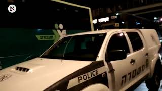 בהפגנת 'הפלג' בי-ם: שוטר שלף נשק ואיים על המפגינים;צפו