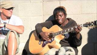 "Video Amazing Venice Beach Homeless Girl on Guitar ""Voices in the Sand"" MP3, 3GP, MP4, WEBM, AVI, FLV Oktober 2018"