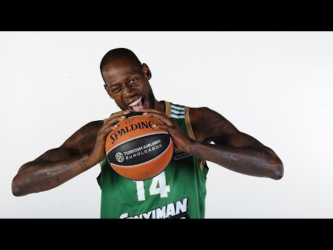 Play of the Night: Julian Wright and James Gist, Panathinaikos Athens