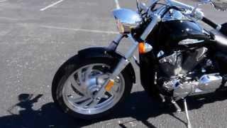 8. 2004 Honda® VTX™ 1300 - UP301077