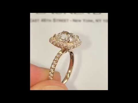 2.50 ct Cushion Cut Diamond Engagement Ring in Rose Gold