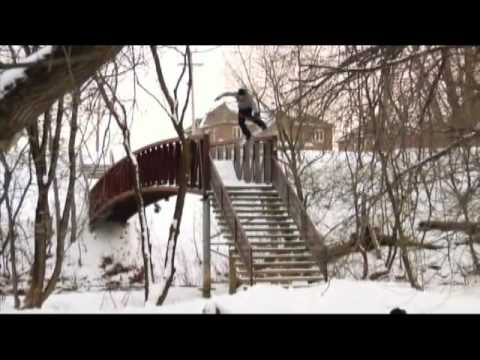 The Best Snowboard Tricks Mo...