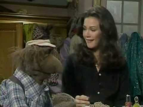 The Muppet Show - Lynda Carter