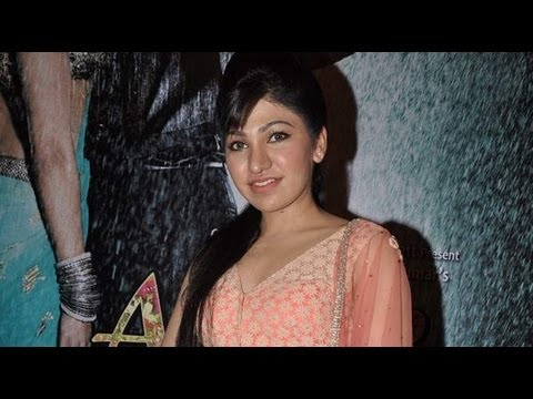 Tulsi Kumar Captures Hearts At Music Launch Of 'Aa