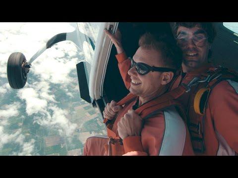 Armin van Buuren feat. Bullysongs - Freefall