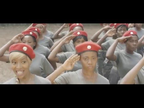 New Video: Temi Dollface – School Your Face