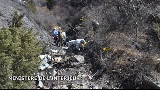 Video Germanwings Plane Crash's Terrifying Final Moments MP3, 3GP, MP4, WEBM, AVI, FLV April 2019