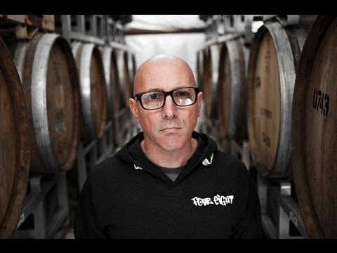 MAYNARD - Download this interview in original high quality and many other Tool goodies on my tumblr: http://adf.ly/Xmv7v Interview with Maynard James Keenan and Mat Mi...