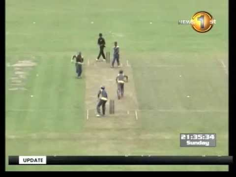 Dilhara jaffer knocks over Collingwood