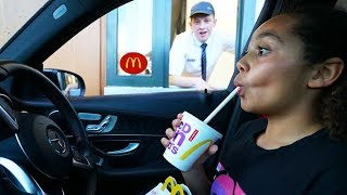 Video DRIVE THRU SWAP CHALLENGE PRANK!! MP3, 3GP, MP4, WEBM, AVI, FLV Juni 2019