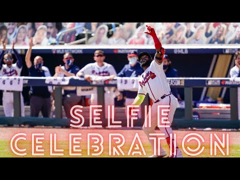Marcell Ozuna Hits A Homer...Then Takes A Selfie 🤳 видео
