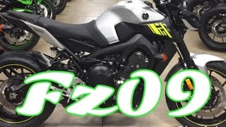 9. 2017 Yamaha FZ09 - first ride