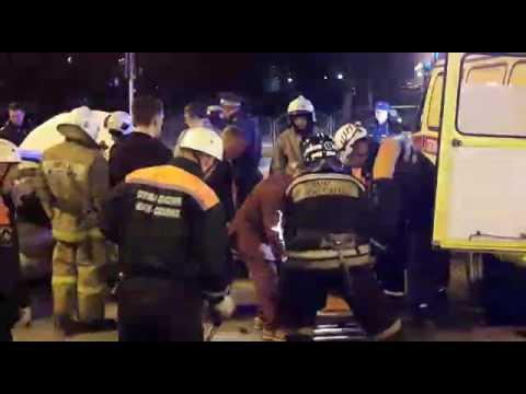 Ночное ДТП в Южно-Сахалинске (видео)