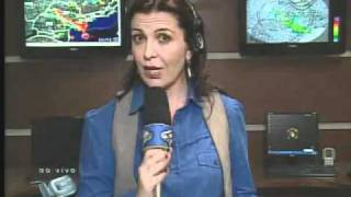 E voltamos a falar com a repórter Regiane Stella, que tem as últimas informações sobre a situação das chuvas em São Paulo. Repórter: Regiane Stella Tema: ...