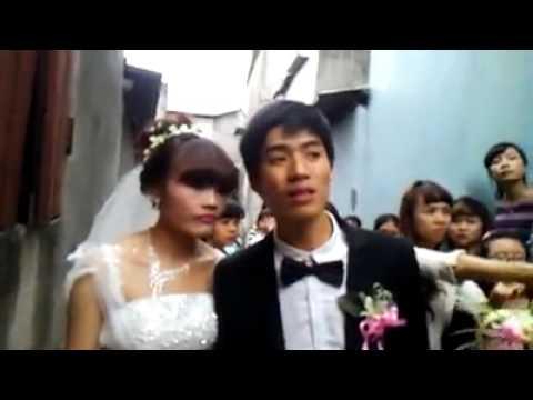 Lần đầu tiên thấy cảnh cô dâu không cho chú rể hôn