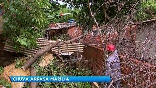 Chuva causa estragos em vários pontos de Marília