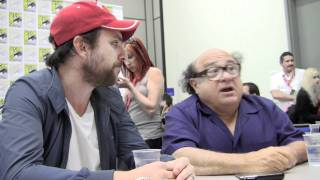 """Video SDCC '11 Charlie Day & Danny DeVito """"It's Always Sunny"""" Interview MP3, 3GP, MP4, WEBM, AVI, FLV Agustus 2018"""