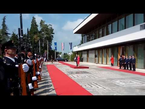 Kështu u prit Thaçi në Kroaci (Video)
