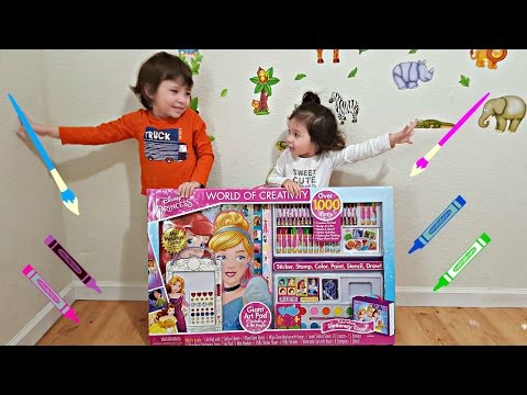 Video Kids Learning Colors with Huge Coloring Art Set - Toddlers Learn Colours with Disney Princess Toys download in MP3, 3GP, MP4, WEBM, AVI, FLV January 2017