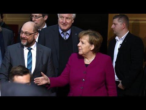 Γερμανία: Συνεχίζονται οι συνομιλίες για το σχηματισμό κυβέρνησης…