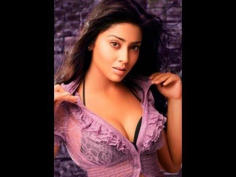 South Actress Shriya Saran Best Poses - TeluguOne