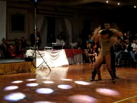 KIKE y FANIA Show en Bachata con Sentimiento 2012 (видео)