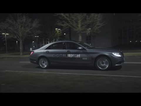 Mersun uudet valot piirtävät kuvia asvalttiin – Digital Light by Mercedes-Benz