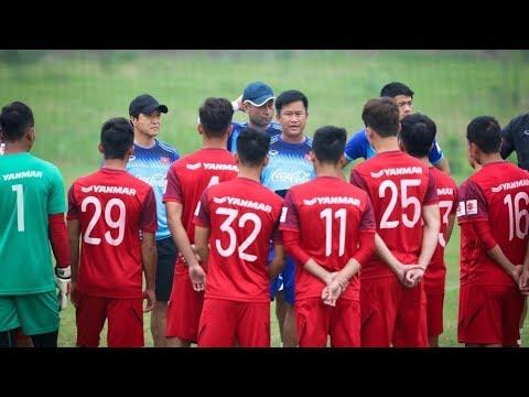 ĐT U23 Việt Nam luyện tập với lực lượng nòng cốt, sẵn sàng tinh thần đánh bại Thái Lan và Indonesia - Thời lượng: 15 phút.