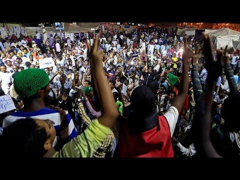Sudan: Massenproteste - »Ihr Blut wird nicht umsonst  ...