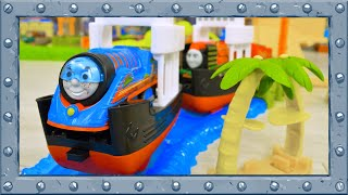 Video Ferries Race and Incredible Jumps with Turbo Thomas and Friends! MP3, 3GP, MP4, WEBM, AVI, FLV Januari 2019