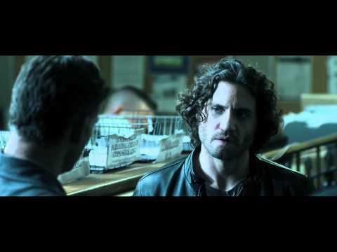 Liberaci dal Male - Dove è il suo collarino padre? (Clip dal FILM)