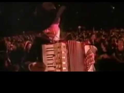 Las Coplas (En Vivo) - Juan Gabriel (Video)