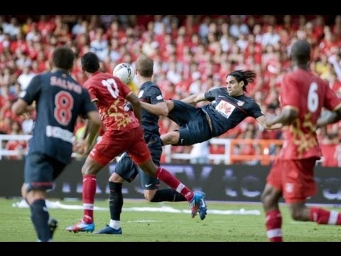 Football Player SICK SCISSOR KICK GOAL!! – Golazo de Radamel Falcao al América de Cali