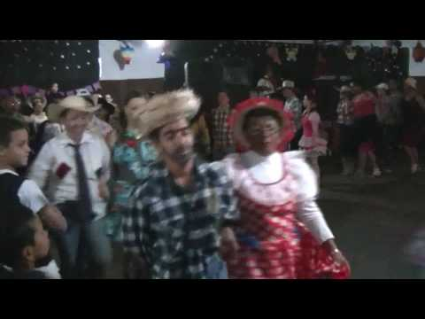Dirce Reis - Noite de São João, festa junina é sucesso absoluto em Dirce Reis, população comparece em massa.