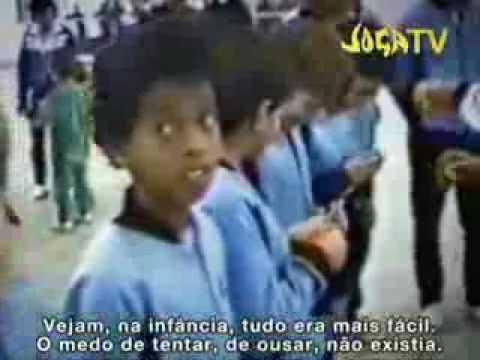 Ronaldinho Gaúcho de niño y jugando futsal