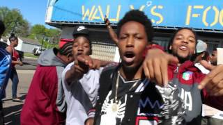 Hot new up and coming rapper from st.paul eastside MN got minnesota bussing right now !!!!