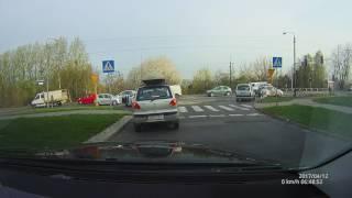 Co zrobić jeżeli nie da się wyjechać z drogi podporządkowanej?