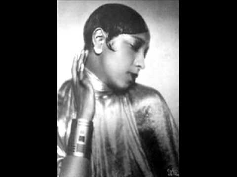 Josephine Baker - Don't Touch My Tomatoes (divas exoticas)