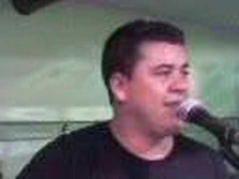 edinho cantando em itararé