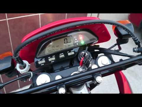 tornado 250 - El objetivo de este video es mostrar que uno mismo puede hacerle el mantenimiento de nuestra moto, por que en la agencia no le hacen nada y te cobran un buen.