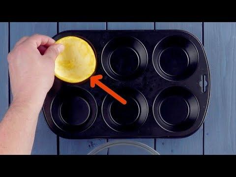 Mete 6 cáscaras de fruta en el molde. ¡En el 0:46 te quedarás mudo!