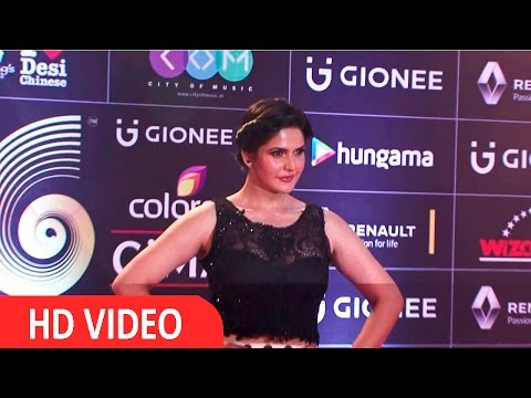 Zarine Khan At Red Carpet Of GIMA Awards