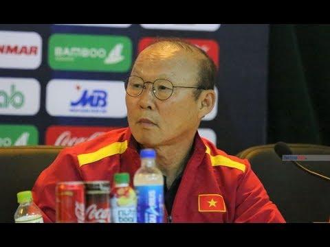 HLV Park Hang Seo căng thẳng, gay gắt với trường hợp của Quang Hải | Thể Thao 247 - Thời lượng: 4:03.