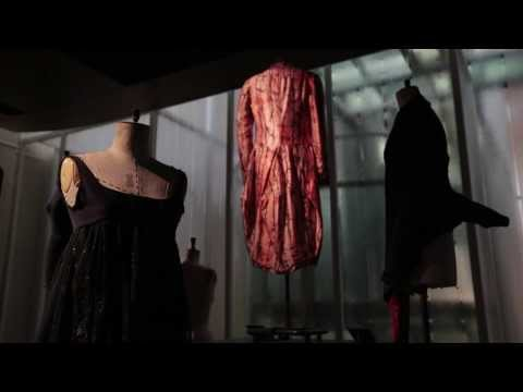 Isabella Blow: Fashion Galore! - Jack the Ripper Stalks his Victims