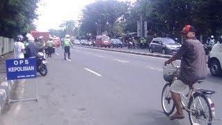 Video Polisi Nakal (3) : RAZIA Polantas Jakarta Timur BUBAR, Karena Diprotes Pengendara Yg Kritis !! MP3, 3GP, MP4, WEBM, AVI, FLV Agustus 2018