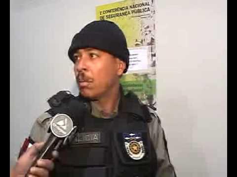 MULHER AGRIDE ESPOSO E ACABA PRESA  POR POLICIAIS EM RIO LARGO